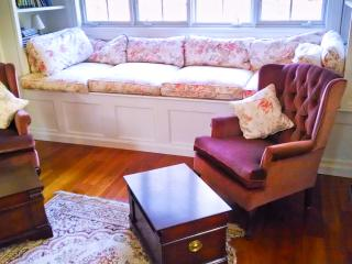 Luxurious 1BR apt, walk to Bar Harbor, indoor pool - Bar Harbor vacation rentals