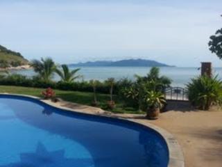 Communal Infinity Pool - Tropical Pool Villa - Choeng Mon - rentals