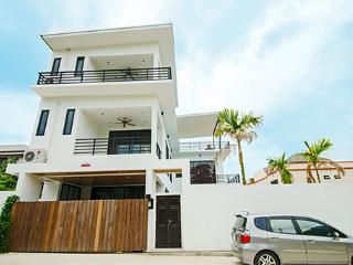 Apartment in 5Star Exclusive Holiday Villa - Rawai vacation rentals