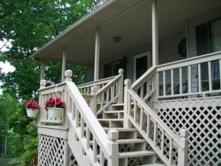 The Lodge@Helton Falls across fm Vogel State Park - Blairsville vacation rentals