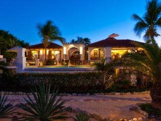 Casa Grande. Grace Bay beach, Turks and Caicos - Providenciales vacation rentals