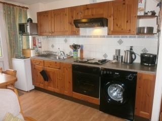 Nearby beach, 2 bedroom self catering holiday home - Freshwater East vacation rentals