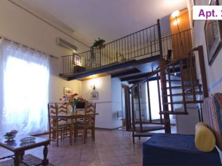Charming Apartment in Palermo Centre (n. 23) - Palermo vacation rentals