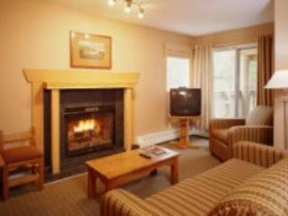 Living Room with pullout couch. - Banff Rocky Mountain Resort condo - Banff - rentals