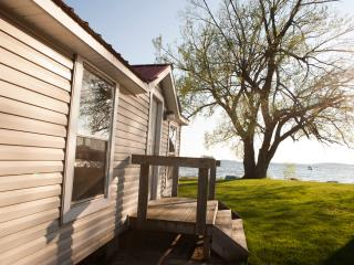 Thousand Islands.  St. Lawrence River Seaway - Fishers Landing vacation rentals