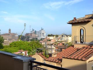 ROOM WITH A VIEW NEAR THE COLOSSEUM - Rome vacation rentals