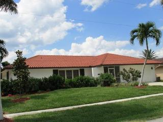 Dana Ct. Newly Remodeled! - Marco Island vacation rentals