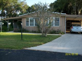 My Home At Woodlands - Florda - Yalaha vacation rentals