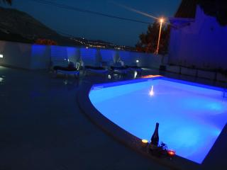 Sunny Apa.FOR2 withPool,Seaview,WiFi,8kmDubrovnik - Mlini vacation rentals