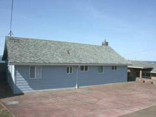 123 PACIFIC PEACE - A cozy ocean front cottage with a stunning view - Lincoln City vacation rentals