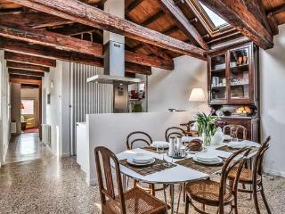 Ca' San Lorenzo 2 - Venice vacation rentals
