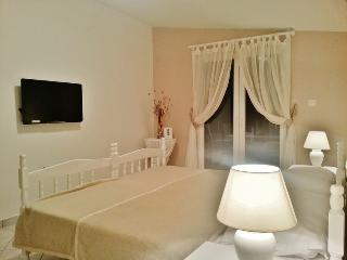 Apartment Anamaria B2 - Betina vacation rentals