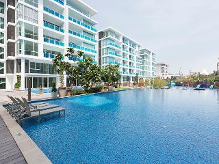 beautiful beach condo - Hua Hin vacation rentals