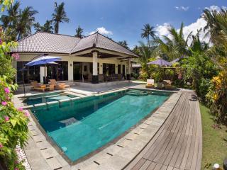 Villa Barong