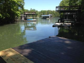 Hidden Gem, private lake home w/great water dock - Dawsonville vacation rentals