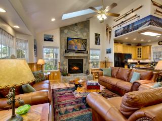 Fawn of the Lake, luxury comfort , ski, beach,golf - South Lake Tahoe vacation rentals