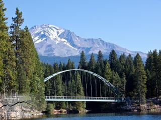Mount Shasta Holiday House - Shasta Cascade vacation rentals