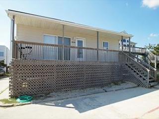 Beach House 3br 1ba steps from the beach - Nags Head vacation rentals