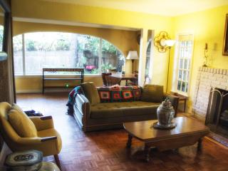 Heart of Hollywood Classic Charmer - Los Angeles vacation rentals