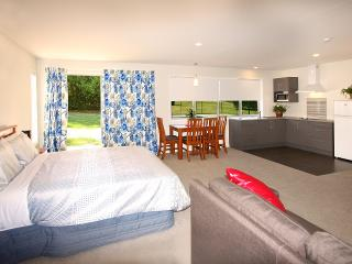 Willowbrook Hideaway Studio below Coronet Peak - Arrowtown vacation rentals