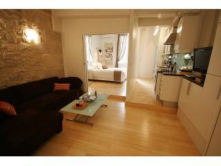 Vacation Escape at Marais in Paris - Paris vacation rentals