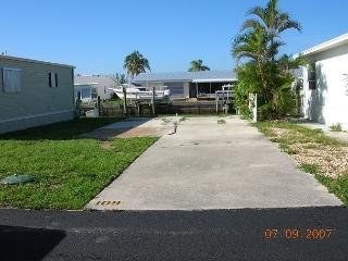 WV109-C - Jensen Beach vacation rentals