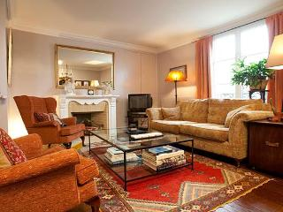 Montmartre Amelie Apartment Rental - Paris vacation rentals