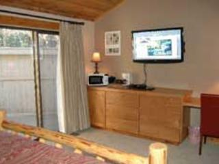 Lodge Room 003 - Image 1 - Black Butte Ranch - rentals