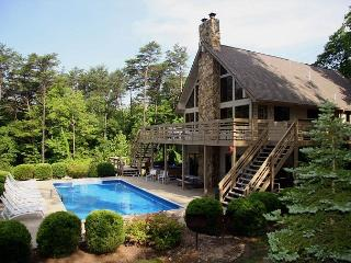 Hocking Hills Lodge For Family & Friends - Hocking Hills vacation rentals