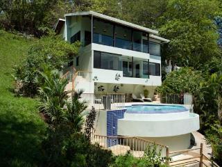 2 Bedroom Vacational Home for rent in Flamingo - Santa Cruz vacation rentals