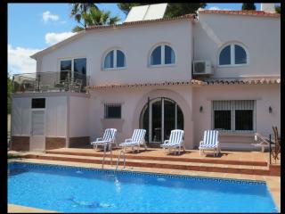 Lovely 4 bed Villa close to Puerto Banus - San Pedro de Alcantara vacation rentals