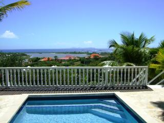 PLAGE d'ELAN...overlooking Orient Bay with spectacular sunrise! - Orient Bay vacation rentals