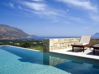 Villa Oneiro, luxurious lifestyle at Its best - Trachilos vacation rentals