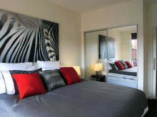 Luxurious Hampton apartment ticks all the boxes! - Victoria vacation rentals