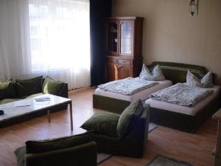 Vacation Apartment in Düsseldorf - central, nice, cozy (# 1767) - Mönchengladbach vacation rentals
