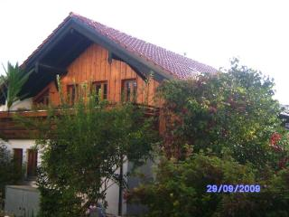 Vacation Apartment in Possenhofen - 753 sqft, spacious terrace, good landscaping (# 665) - Possenhofen vacation rentals