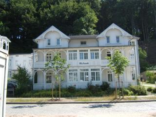 Vacation Apartment in Binz Rügen - 581 sqft, nice, clean (# 281) - Rugen Island vacation rentals