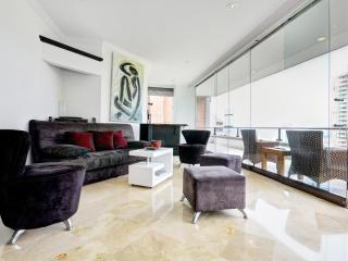 Modern 3 Bedroom Apartment with Views in El Poblado - Medellin vacation rentals