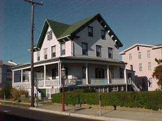 ONE BLOCK TO BEACH! 118590 - Cape May vacation rentals