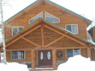 Island Park's Edgewater Cabin on the Henry's Fork - Island Park vacation rentals