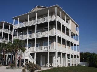Oceanview 8BR; Heated Pool; Elevator; 70in SmartTV - Ocean Isle Beach vacation rentals