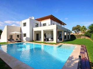 Luxury new build villa next to the Sea, Casa Linda - Port de Pollenca vacation rentals