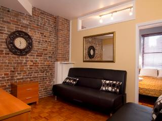 Sleeps 6! 2 Bed/2 Bath Apartment, Chelsea, Awesome! (7788) - New York City vacation rentals
