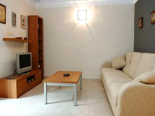 Gotico I - Ramblas apartment - Barcelona Province vacation rentals
