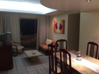 Cozy Boa Viagem 3bed/2.5bath - Paulista vacation rentals
