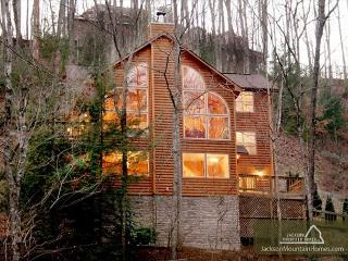 Mountain Majesty   Hot Tub Game Room Privacy WiFi Jacuzzi  Free Nights - Gatlinburg vacation rentals