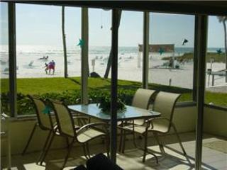 Immaculate 2BR views of palm trees & white sand - 2 South - Image 1 - Siesta Key - rentals