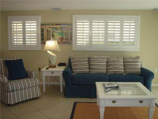 2BR unbelievably close to blue waters of the Gulf - Villa 5 - Siesta Key vacation rentals