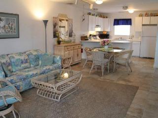 Duval Street Hideaway - Key West vacation rentals