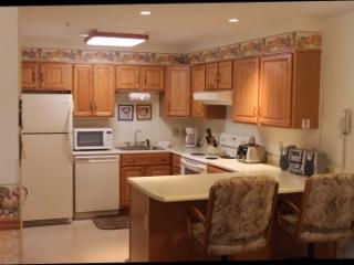 3BR Multi-level condo with balcony, King bed - A3 308A - White Mountains vacation rentals